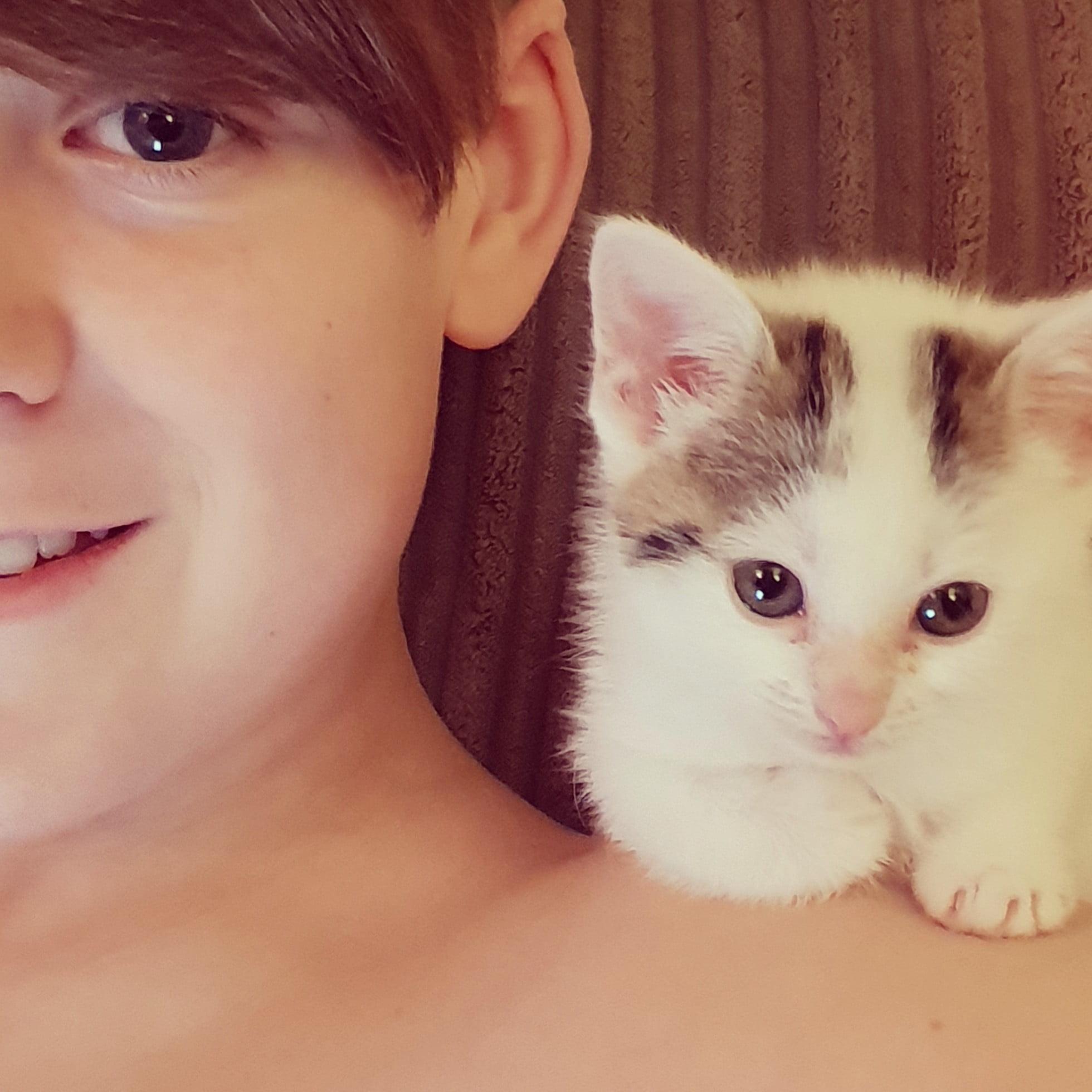Wendy's son Alex and Billie